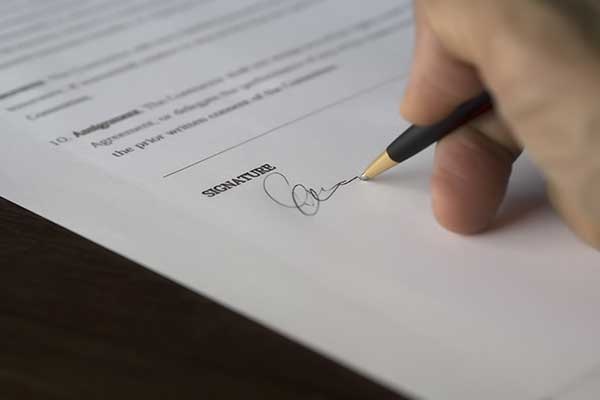 How-Document-Attestation-Affects-Setting-Up-a-New-Business-in-Dubai-