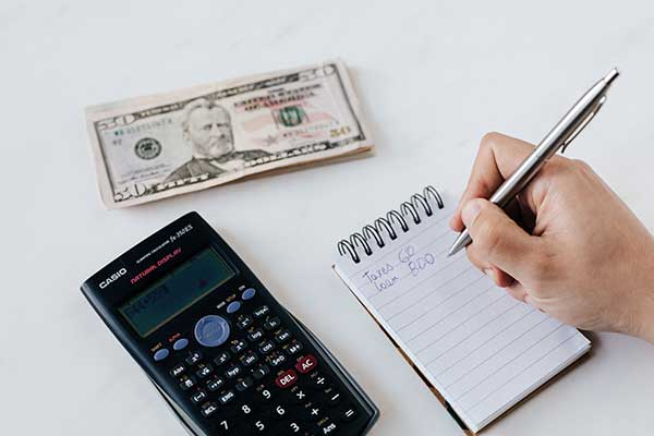 Why-You-Need-to-Outsource-Your-Accounting-Task-in-Dubai-